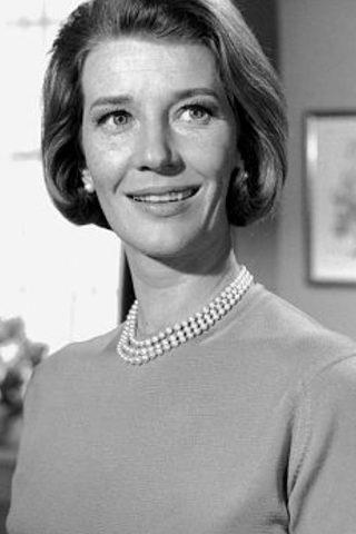 Lois Maxwell 4