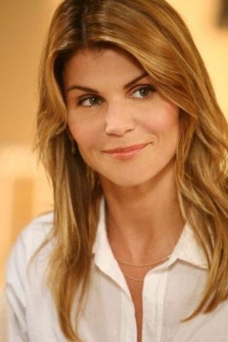 Lori Loughlin 3