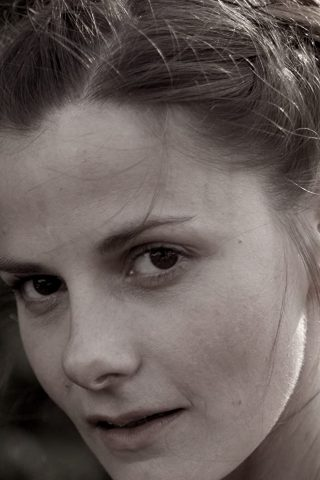 Louise Brealey 3