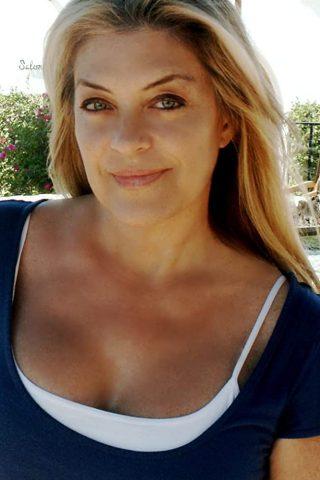 Lydia Cornell 3