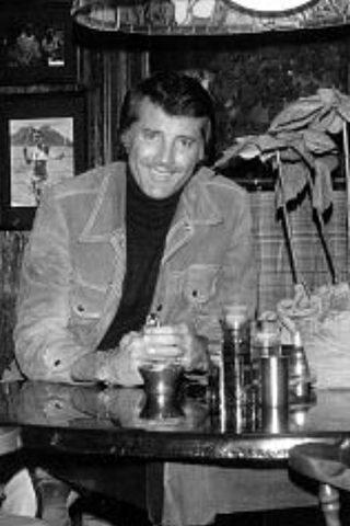 Lyle Waggoner 2
