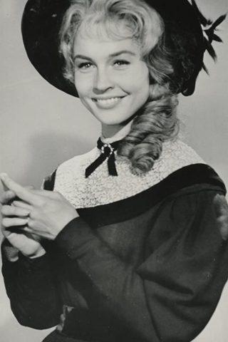 Maggie Pierce 1