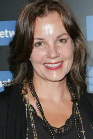 Margaret Colin 3