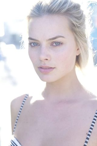 Margot Robbie phone number