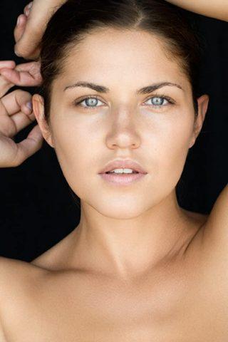 Marika Dominczyk 2
