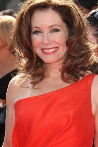 Mary McDonnell phone number