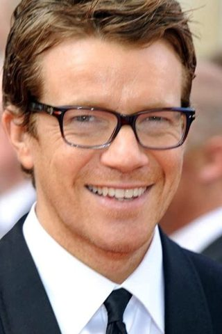 Max Beesley phone number