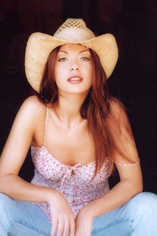 Mikki Padilla 4