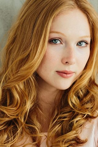 Molly C. Quinn phone number