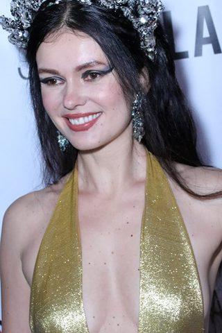Natasha Blasick 4