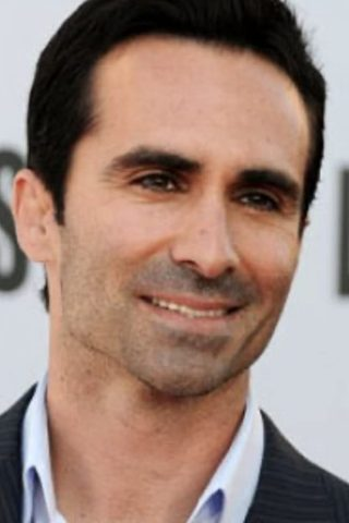 Nestor Carbonell phone number
