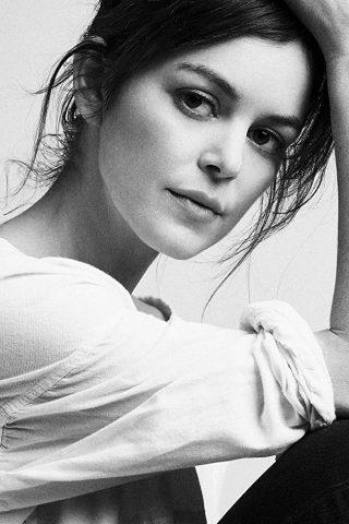 Nora Zehetner 3
