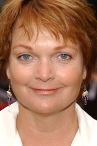 Pamela Reed 1