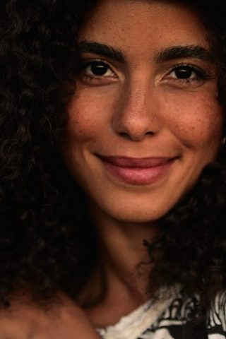 Parisa Fitz-Henley phone number