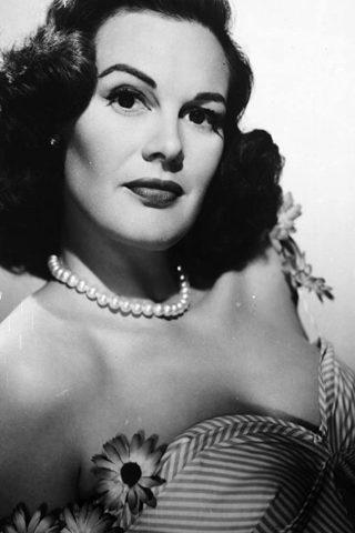 Patricia Medina 4