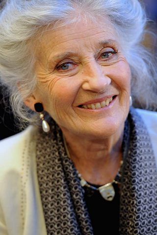 Phyllida Law phone number