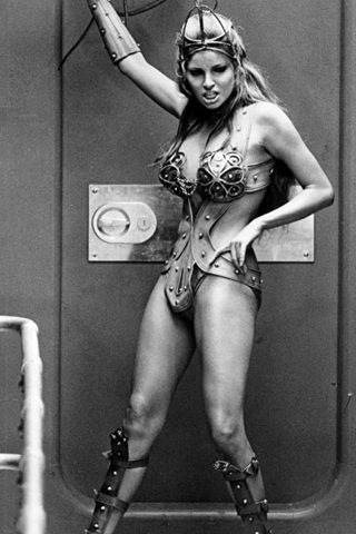 Raquel Welch 1