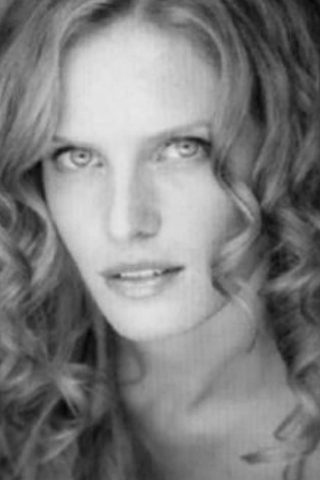 Rebecca Mader 3
