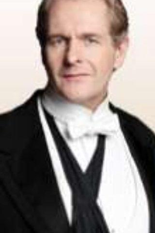 Robert Bathurst 3