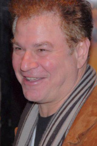 Robert Wuhl 2