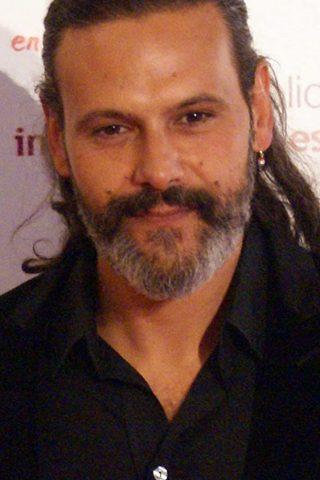 Roberto Enríquez 2