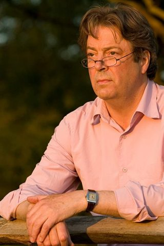 Roger Allam 4