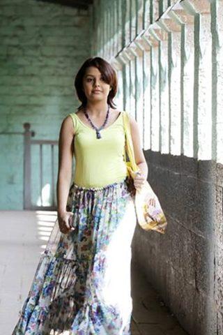 Shivani Rangole phone number