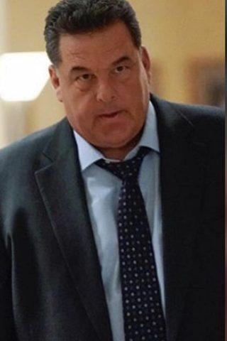 Steve Schirripa 1