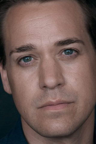 T.R. Knight phone number