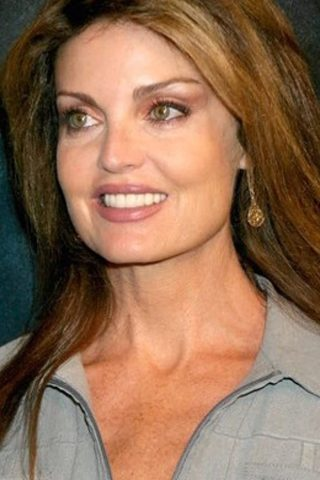 Tracy Scoggins 3