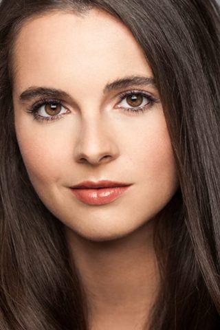 Vanessa Marano 3