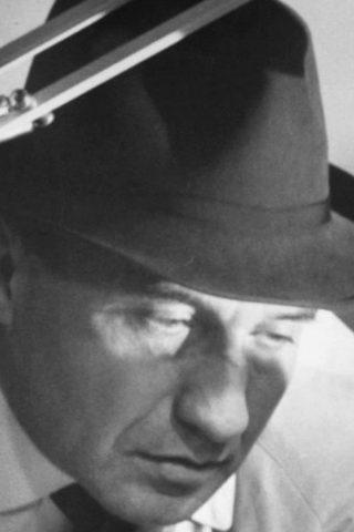 Walter Gotell 3