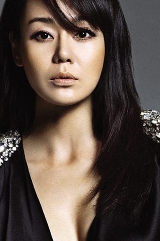 Yunjin Kim 1