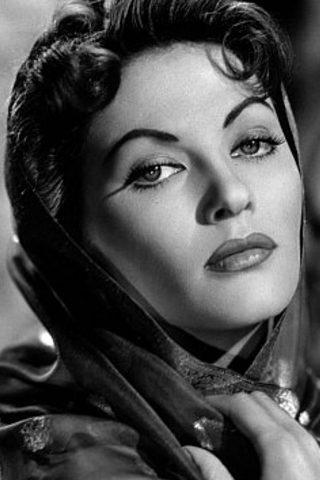 Yvonne De Carlo 2