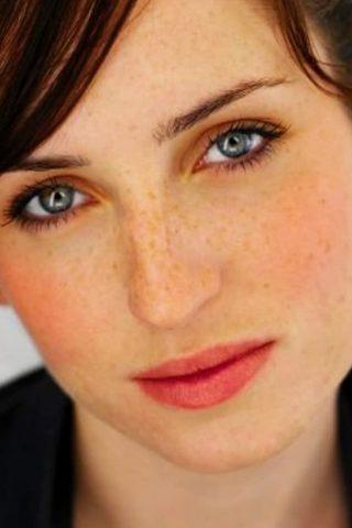 Zoe Lister-Jones 1